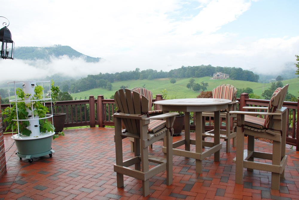 mountain_patio