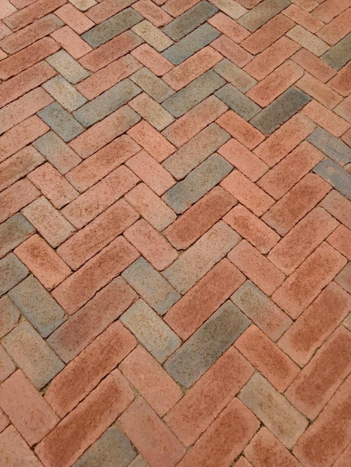 chevron pattern using pavers