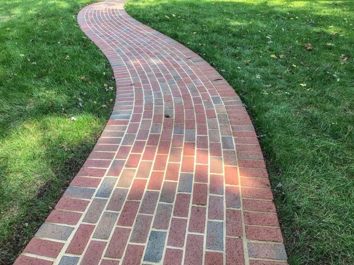 serpentine paver walkway