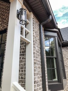 Light and dark trim with Tufts House brick