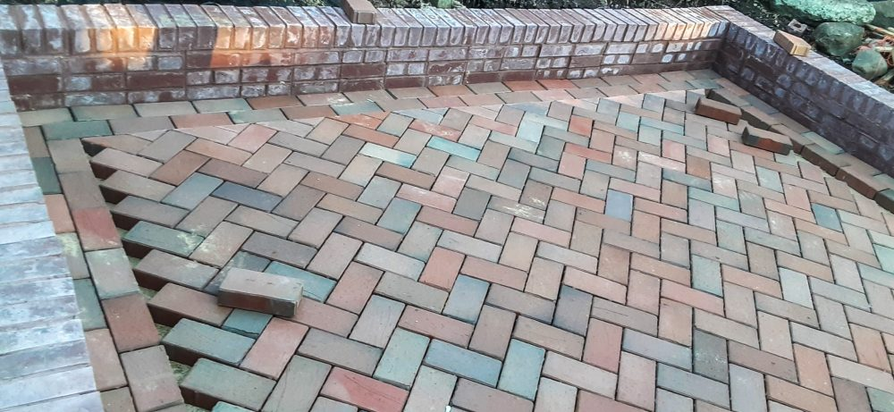 Garden patio was an easy extension with English Edge
